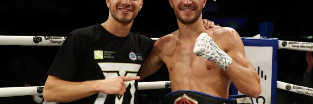 Top Rank signs Andrew and Jason Moloney