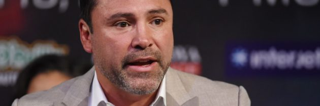De La Hoya not sure what Dana White brings to boxing 'other than screaming and yelling'