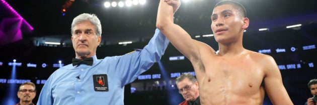 Ortiz smashes Solomon to stay perfect as a pro