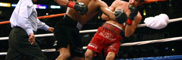 Full Fight: Mosley pummels Margarito after pre-fight scandal that only got worse after